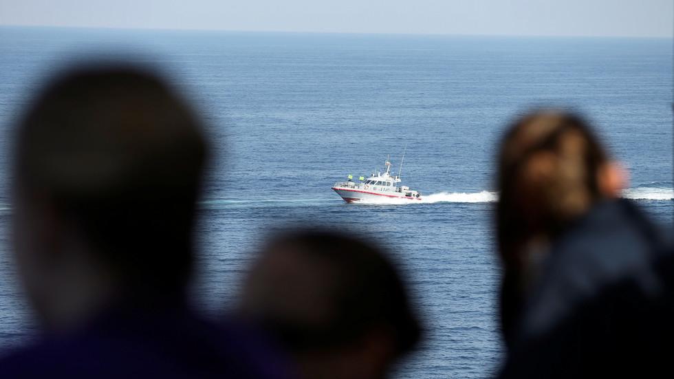 If US wants to enter Hormuz Strait, it must talk to Iran's Revolutionary Guards – FM Zarif