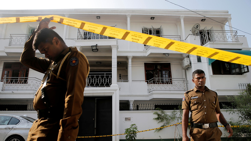 Sri Lankan police in shootout during search of 'suicide vest factory'