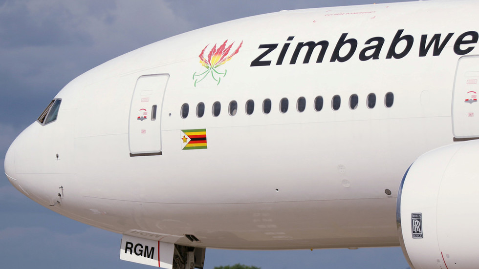WATCH Zimbabwean Boeing 767 CATCH FIRE on its engine after takeoff in South Africa