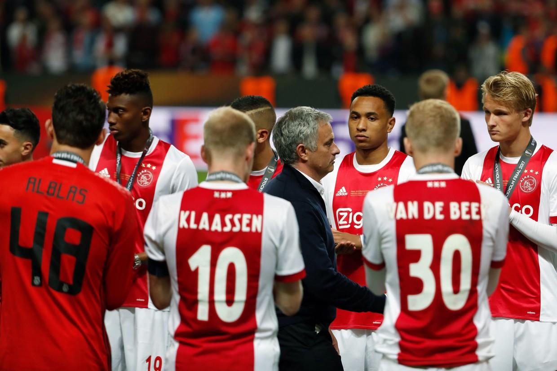 Mourinho hiến kế đánh bại Ajax cho Tottenham