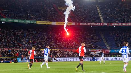 Feyenoord ultras defy fireworks ban... by shooting fireworks into own stadium (VIDEO)