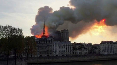 'Use flying water tankers': Trump offers advice to Notre Dame firefighters