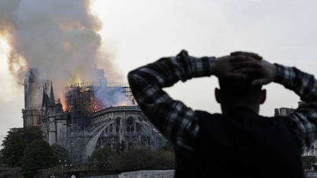 Paris prosecutor launches official investigation into cause of Notre Dame blaze
