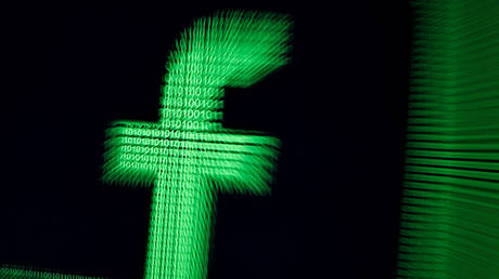 Facebook draws liberal ire for hiring conservative 'fact-checkers' for once