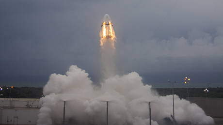 FILE PHOTO: First key flight test of the Crew Dragon spacecraft © SpaceX