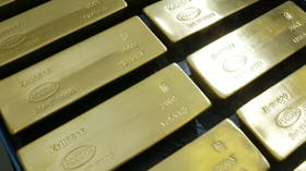 Russia boosting gold & dumping dollar from foreign currency reserves