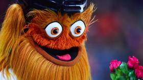 'He said yes!' Gritty the Flayers' mascot 'proposes' to newly-appointed coach with whistle