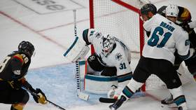 Martin Jones makes monster save to secure win for San Jose Sharks (VIDEO)