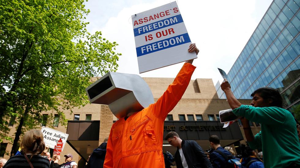 'Shocking & vindictive': WikiLeaks slams UK prison sentence for Assange over skipped bail