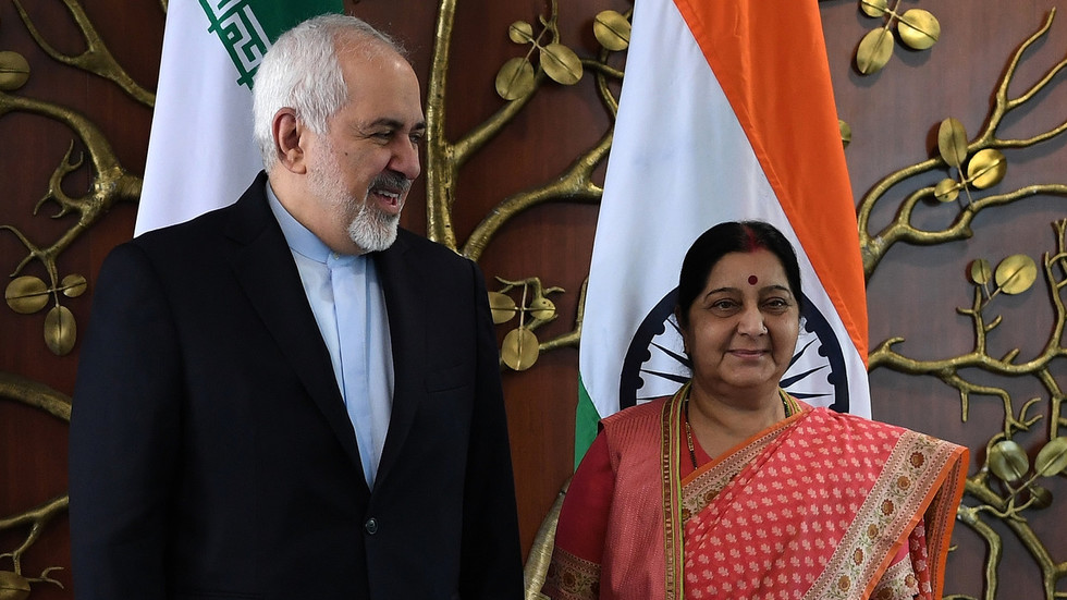 FM Zarif arrives in India as US-Iran tensions flare up in Gulf