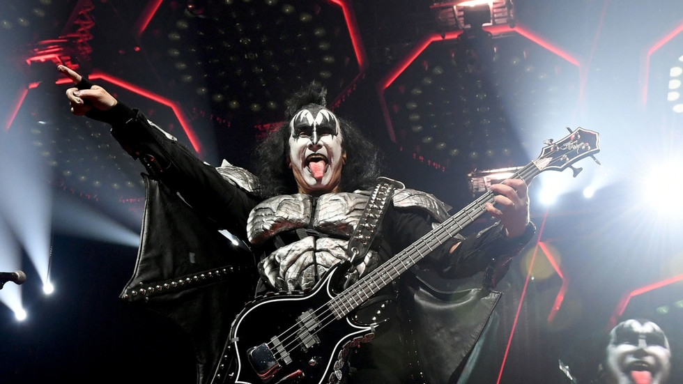 Job Interview? Leather-clad Gene Simmons Of Kiss Visits