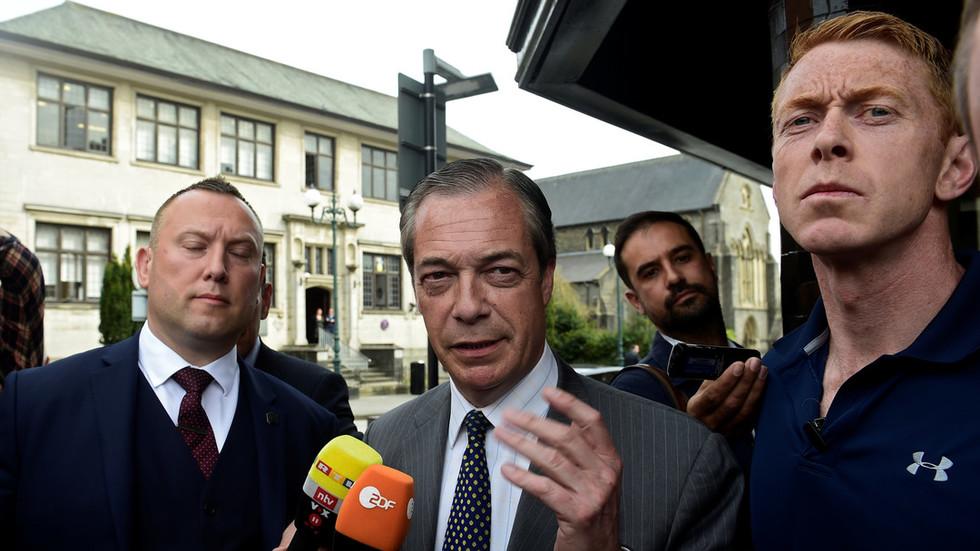 Gotcha? Irritated Farage tells confrontational Channel 4 reporter his bodyguards funded by Russians
