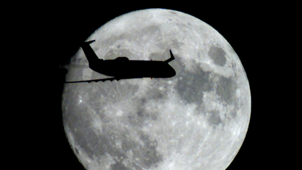 Last Blue Moon of the decade is happening TONIGHT – everything you need to know