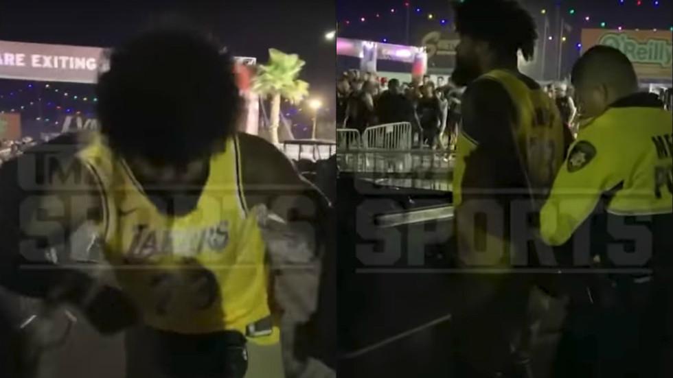 NFL star Ezekiel Elliott handcuffed after altercation with Las Vegas security guard