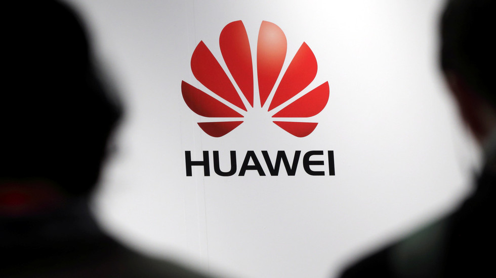 Huawei CEO says company's own OS will run Android apps - reports