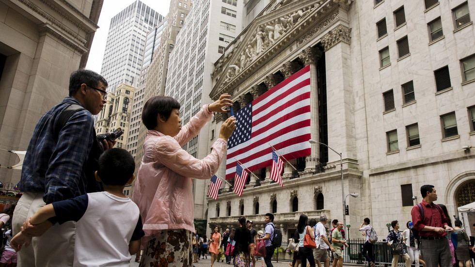 Patriotic tourism: Chinese holiday makers snub US destinations as trade war simmers