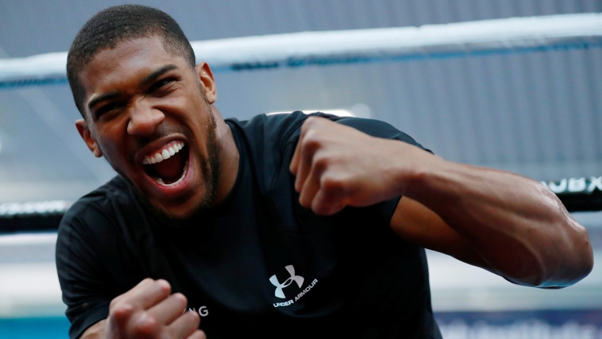 WBA, WBO, IBF and IBO champ Anthony Joshua © Reuters / Andrew Couldridge