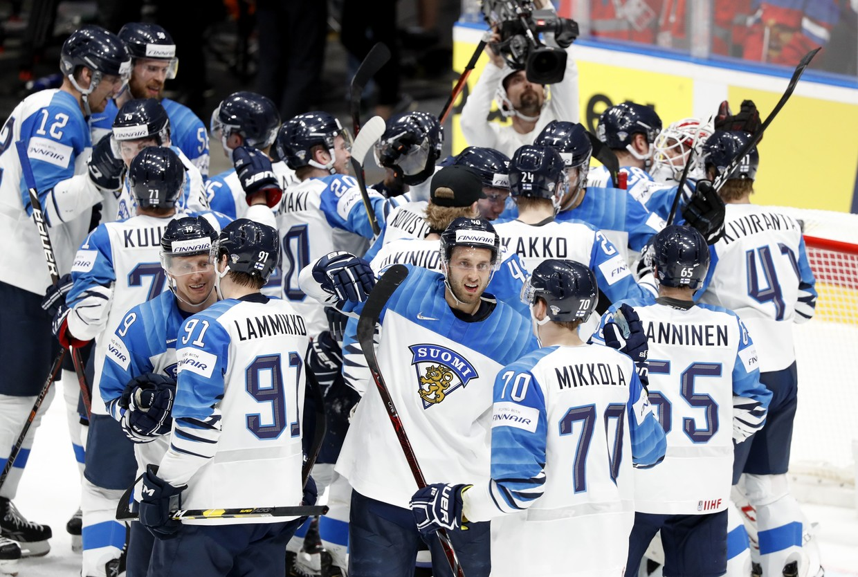 Finland beat Canada to claim third title
