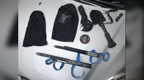 Assassin's Creed fan? Man armed with 2 concealed retractable blades arrested in Paris (PHOTOS)
