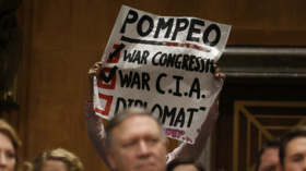 Lee Camp ponders Pompeo's CIA lies & Guaido's embassy-storming goons (VIDEO)