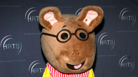 'Arthur' character comes out, FINALLY giving LGBT cartoon rat population representation on kid's TV
