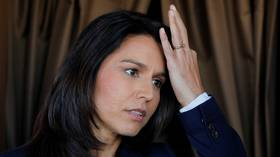 Tulsi Gabbard would drop charges against Assange & Snowden