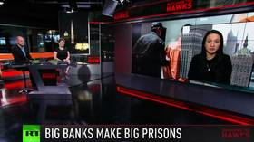 How private prisons are big business & Monsanto must pay $2 billion (E964)