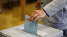 Austria's president recommends snap parliamentary elections in early September