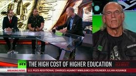 Jesse Ventura: Mainstream media's no longer in the information business (EE971)
