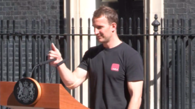 'Hot podium guy for PM': Twitter hails unlikely successor to Theresa May (VIDEO)