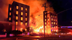 MASSIVE fire destroys landmark Dallas hotel (PHOTOS)