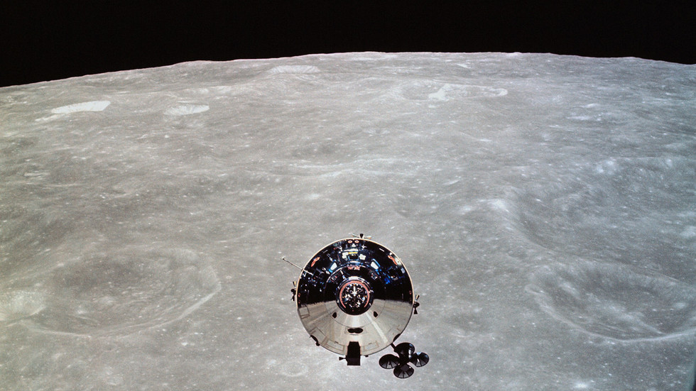 Astronomers claim sighting of long-lost Apollo capsule 'Snoopy' after decades in space