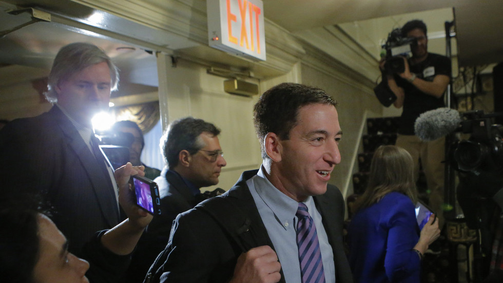 Brazilian lawmaker threatens Glenn Greenwald with deportation over leaks