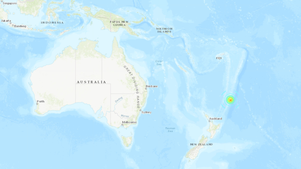 7.2 quake off New Zealand triggers brief tsunami scare