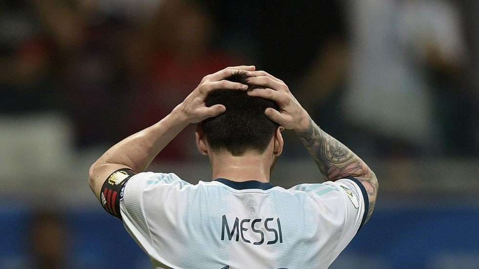 'Here we go again': Messi & Argentina suffer nightmare Copa America start in defeat to Colombia
