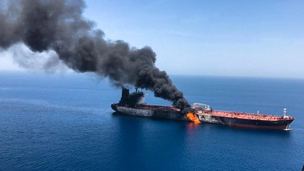 Saudi Arabia blames Iran for oil tanker attacks, but doesn't want 'regional war'