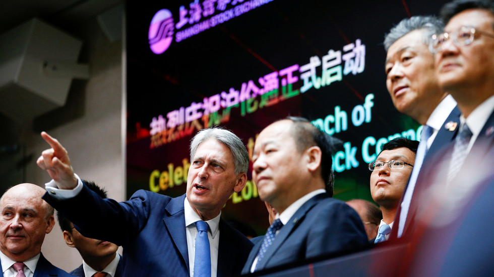 UK-listed firms become 1st foreigners to sell stocks in mainland China
