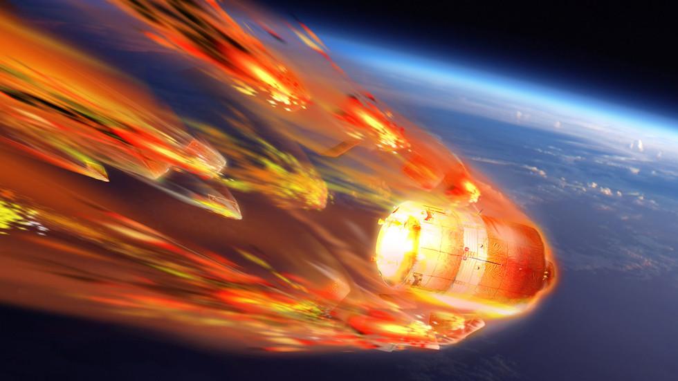 Scientists MELT satellite in plasma wind tunnel to study space debris destruction