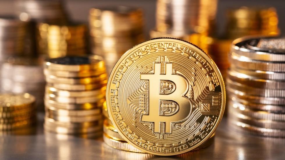 Bitcoin extends monster rally as it confidently moves toward $10,000