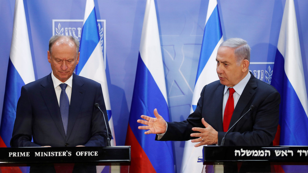 Russia, US & Israel hold security talks as Middle East turns into 'battlefield' against Iran