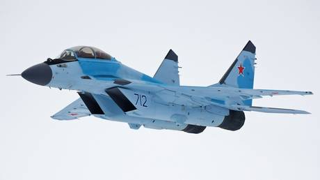 Russian Air Force gets 1st pair of top notch MiG-35 fighters (VIDEO)