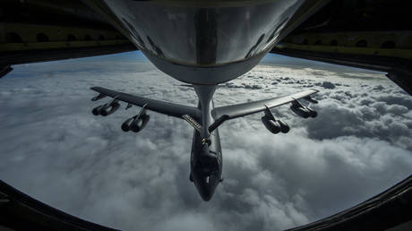 A nuclear-capable B-52 Stratofortress bomber refueling in-flight (FILE PHOTO)