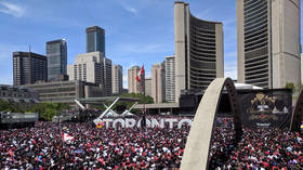 Panic & stampede after shots fired at Toronto Raptors victory parade (VIDEOS)