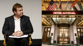 GOP strategist uses broken elevator in Vienna hotel to argue against evil socialism, hilarity ensues