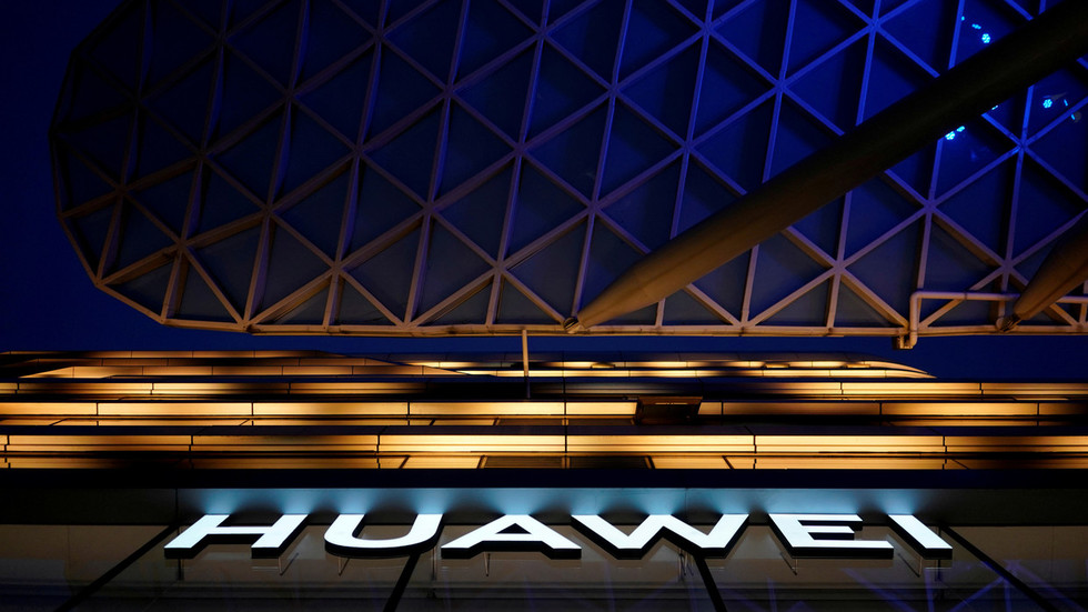 Hey Big Tech, good luck getting Huawei back! Boom Bust talks Trump's flip-flop on Chinese firm's ban