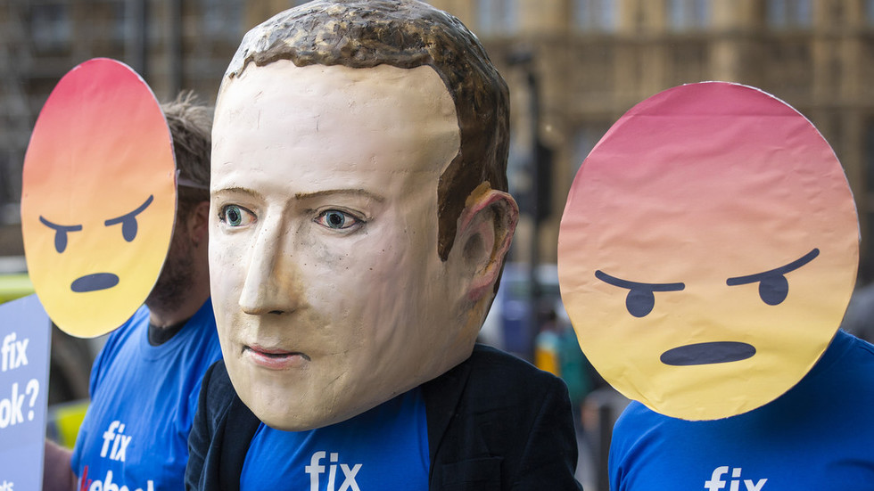 Facebook zealously fights 'hoaxes & fake news' about ITSELF on Facebook