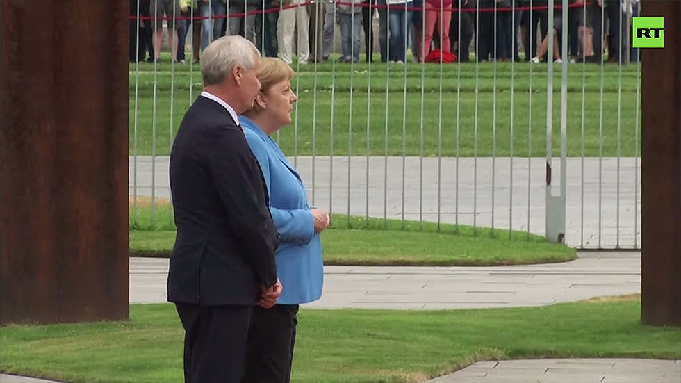 Merkel seen visibly shaking AGAIN, this time as she welcomes Finnish PM