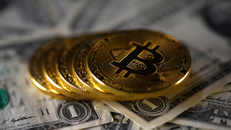 'US$ is the only real currency!' Trump demands banking regulation of bitcoin, Facebook's Libra