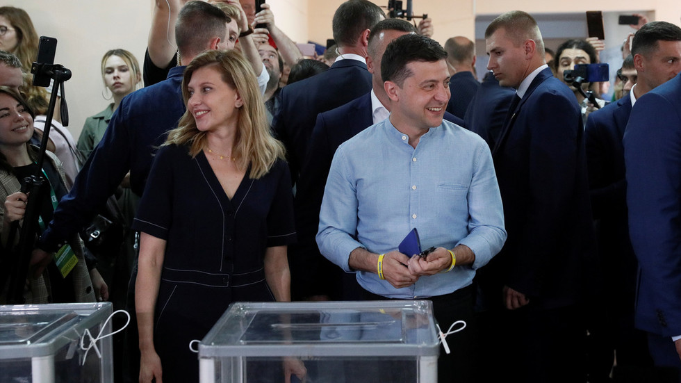 Ukraine's Zelensky gains parliamentary faction in snap election