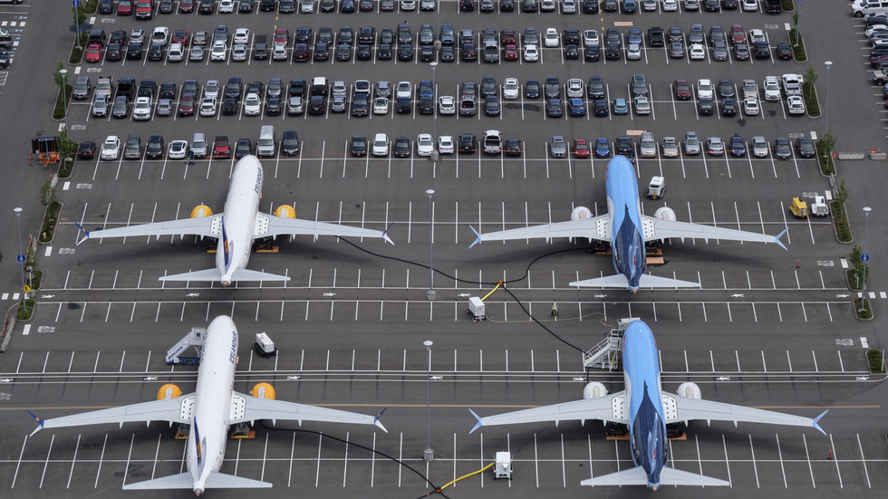 Fitch & Moody's cut Boeing's debt outlook over 737 MAX crisis